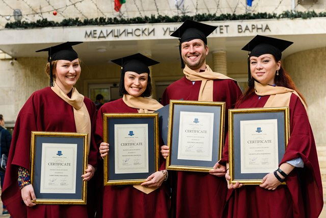 The First Russian Doctors of Ophthalmology Graduated from Masterclass Optometry 2017