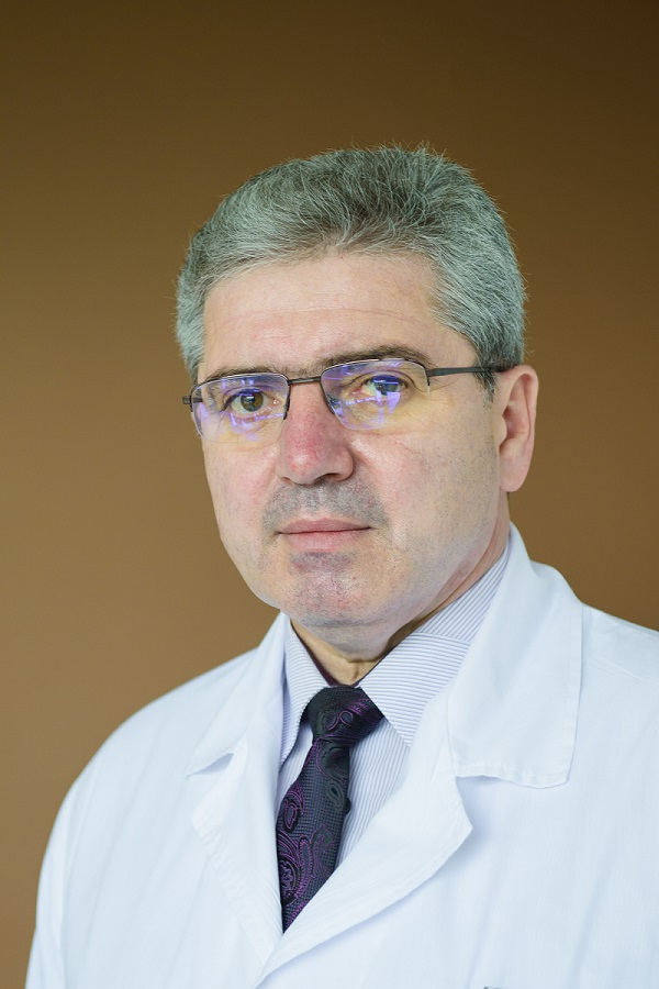 """Проф. д-р Красимир Иванов, д.м.н. пред в-к """"Труд"""": Съвременното медицинско образование в България трябва да отговаря на световния технологичен прогрес и потребностите на обществото"""