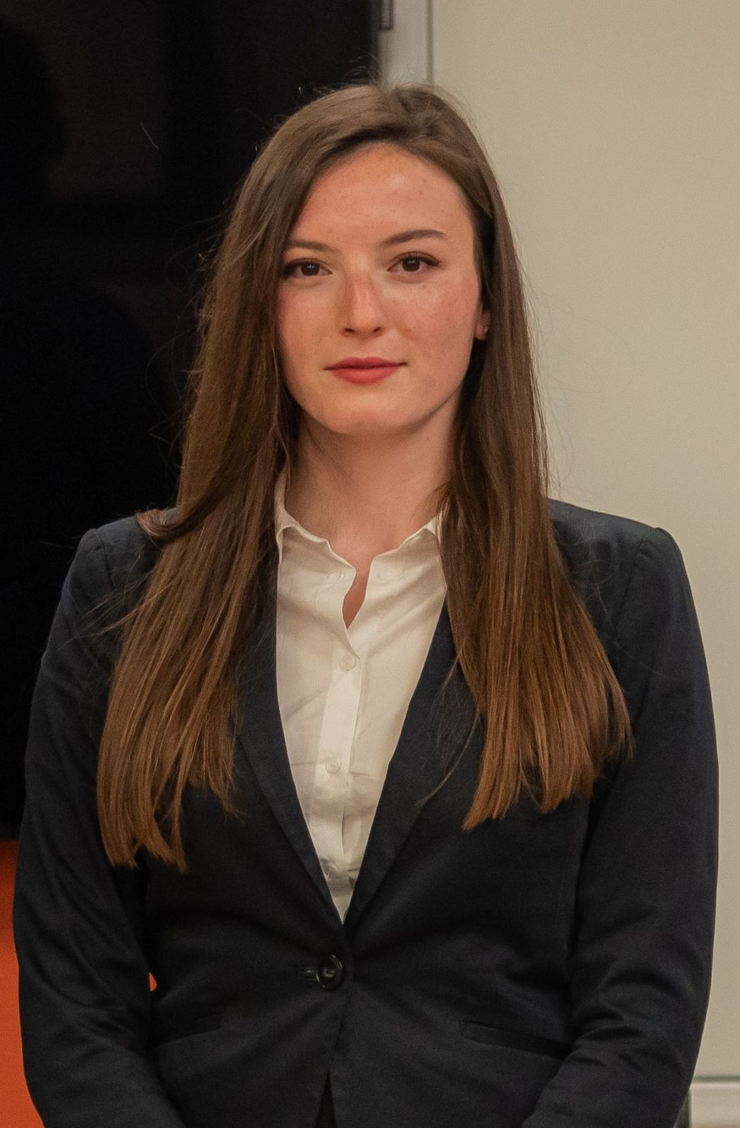 Елина Андонова